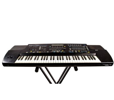 Синтезатор Roland E86 - аренда, прокат, фото 1